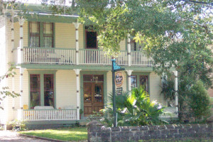 643 Orange Street Bed and Breakfast