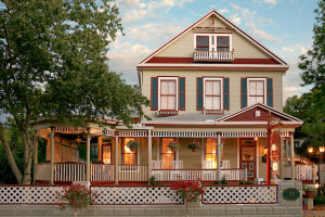 Cedar House Inn Bed and Breakfast